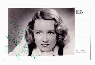 Nataša Gollová, portrétní pohlednice s věnováním a podpisem