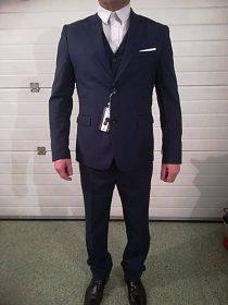 Nový pánský oblek