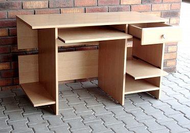 Pevný psací stůl, bezvadný stav !