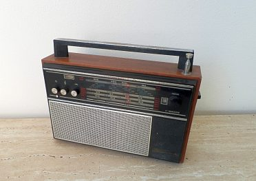 Staré rádio SELENA B205-1, rok výroby 1974