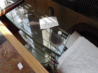Tv stolek kvalitní silné sklo, sleva na 690,-kč