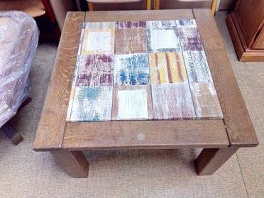 Konferenční stůl čtverec, masívní kostra, cena 1.200,-kč