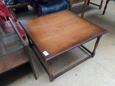 Konferenční stůl čtverec, cena 1.400,-kč