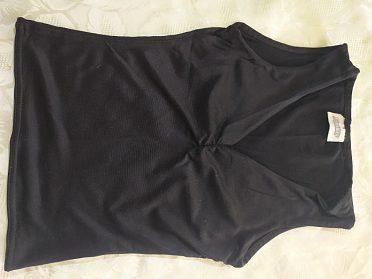 Černé elastické tričko vel.160