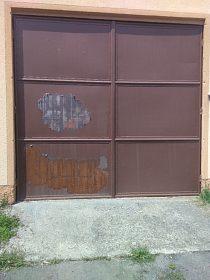 Prodám kovová vrata