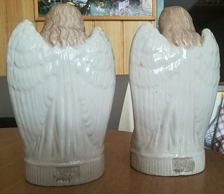 Velmi staré sošky andělů