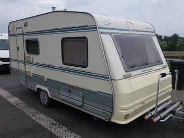 prodám karavan TEC 450