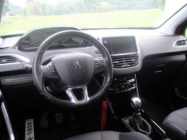 Prodám Peugeot 2008 16 bluehdi
