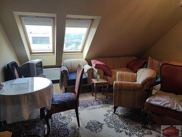 Prodej bytu 4+1 151 m2, Praha 5, Smíchov, ul. Peroutkova