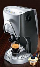 Elegantní kávovar Tchibo Cafissimo,  na kapsle