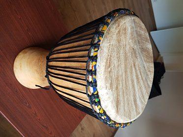Prodám africký buben djembe, velké