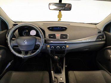 Renault Megane III 1,6 benzín r.v. 2009