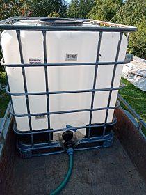 nádrž na vodu IBC