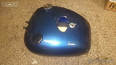 Moto nadrz modra vcetne spinacky