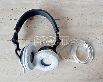Špičková japonská HIFI sluchátka Sony MDR-V55