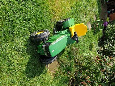 Traktor šlapací JOHNDEERE