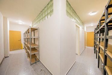 Prodej obchodních prostor 500 m2, Zábřeh, ul. Valová