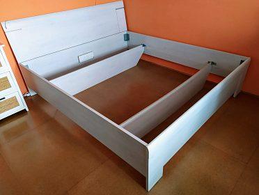 manželská postel 180 x 200