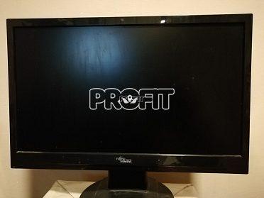 """Počítač s procesorem AMD 2600Mhz,USB3.0, 4GB Ram,+ monitor 19"""" LCD"""