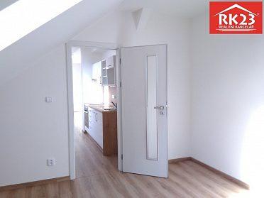 Pronájem bytu 1+1 51 m2, Plzeň, ul. Kollárova
