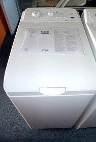 Kvalitní  pračka s horním plněním, zn. Electrolux.