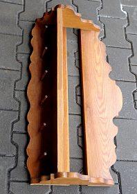 Prodám:  nástěnnou  dřevěnou  polici z masivu