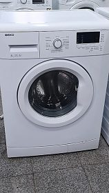 Automatická pračka BEKO, display