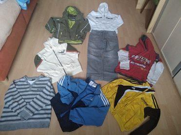 Oblečení 134-140 plný pytel,helma zimni,boty zimni 33
