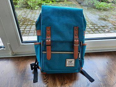 Tyrkysový batoh