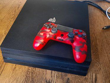 Ovladač na PS4