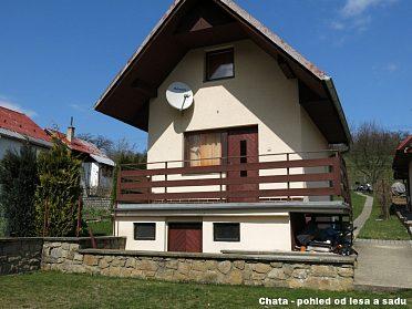 Zděná chata Žlutava 52 m2 9 km od Zlína + zahrada 551 m2