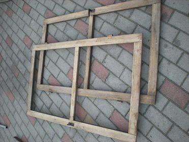 Okno - lehké dřevěné rámy